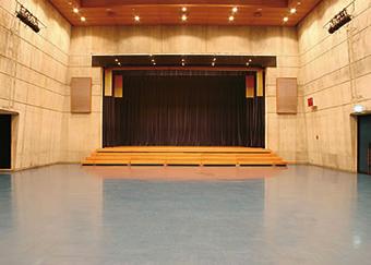 冲绳市市民会馆2